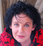 Λιάνα Κανέλλη : «Τιμητές της δεκάρας…κρεμάστε με στα μανταλάκια σας. Είμαι ρούχο καθαρό, ανεξαρτήτως μόδας»