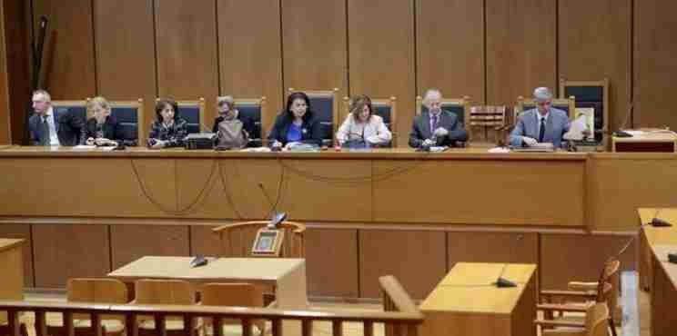 Eπιτάχυνση της δίκης της Χρυσής Αυγής ζητούν οι συνήγοροι πολιτικής αγωγής