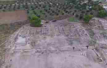 Σύμβαση της Περιφέρειας Πελοποννήσου για ανασκαφή σε ρωμαϊκή έπαυλη στο Λουτράκι