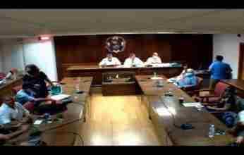 """""""Σκηνές ροκ"""" στο Δημοτικό Συμβούλιο Κορινθίων"""