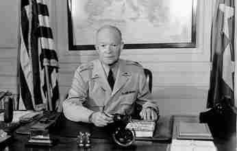 Την Τρίτη 4 Νοεμβρίου 1952 ο Ντουάιτ Αϊζενχάουερ εκλέγεται 34ος πρόεδρος των ΗΠΑ