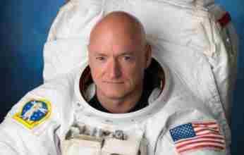 Πρώην αστροναύτης κερδίζει έδρα για τους Δημοκρατικούς στην Αριζόνα
