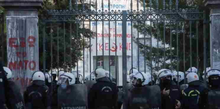 """Η χώρα στο """"γύψο"""" όπως και τότε – Απαγόρευση συναθροίσεων άνω των 4 ατόμων με απόφαση του Αρχηγού της Αστυνομίας!"""