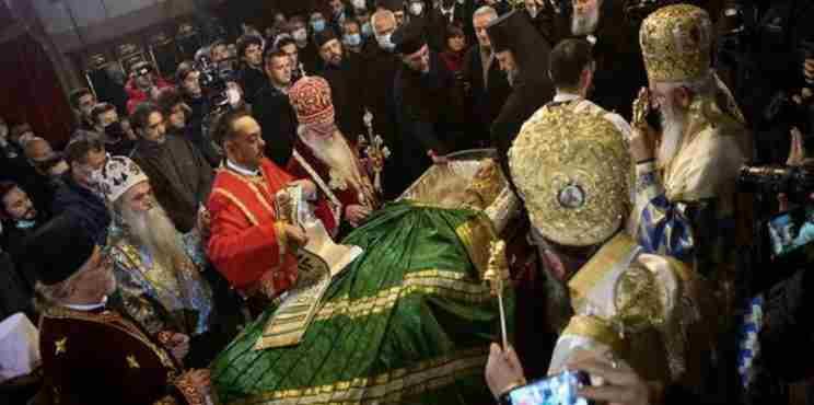 Σερβία: Υγειονομική βόμβα το προσκύνημα του Πατριάρχη Ειρηναίου