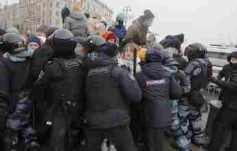 Ρωσία: Χιλιάδες συλλήψεις στις διαδηλώσεις υπέρ του Ναβάλνι (video)