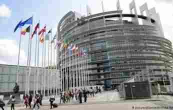 Ευρωκοινοβούλιο: Με επείγουσες διαδικασίες το «πράσινο» ψηφιακό πιστοποιητικό για τις μετακινήσεις