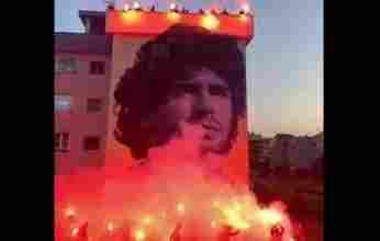 Εντυπωσιακό γκράφιτι δημιούργησαν οπαδοί της Νάπολι για τον Μαραντόνα