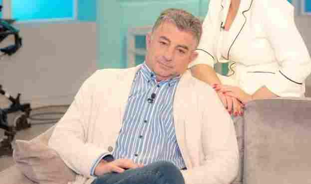 Γνωρίζει η Εισαγγελία της Αθήνας, ποιος σκότωσε το δημοσιογράφο Καραϊβάζ;