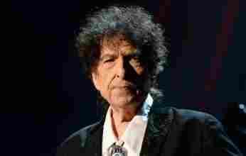 Σαν σήμερα 24 Μαΐου 1941 γεννιέται οΑμερικανός μουσικός, ποιητής και παραγωγός Bob Dylan