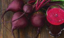 Υπέρταση: Ο άγνωστος «κόκκινος χυμός» που ρίχνει την πίεση